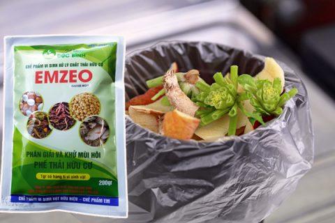 Cách ủ rác nhà bếp không hôi, không giòi là sử dụng chế phẩm emzeo kết hợp với nấm trichoderma để ủ